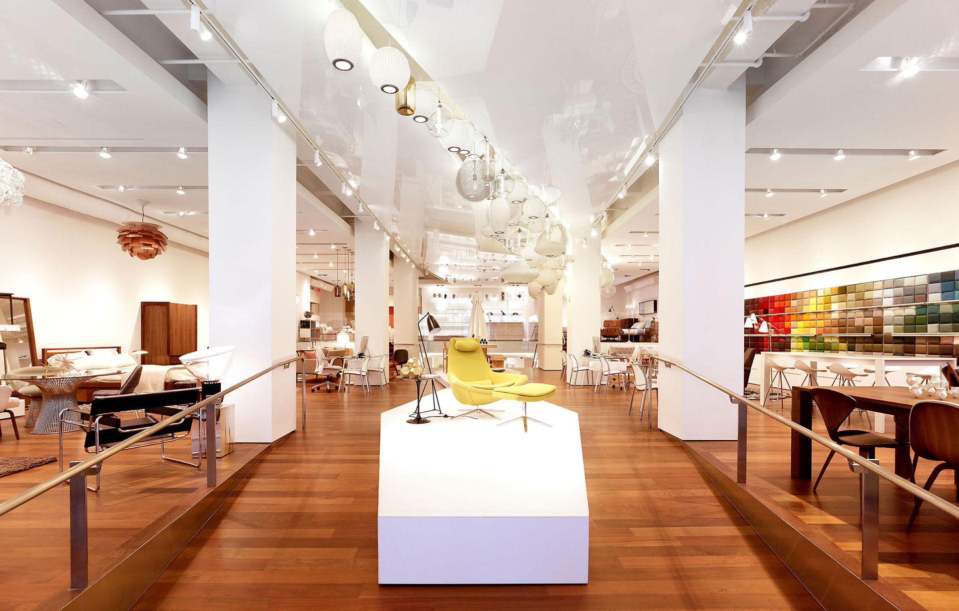 Design within Reach (2012) NY