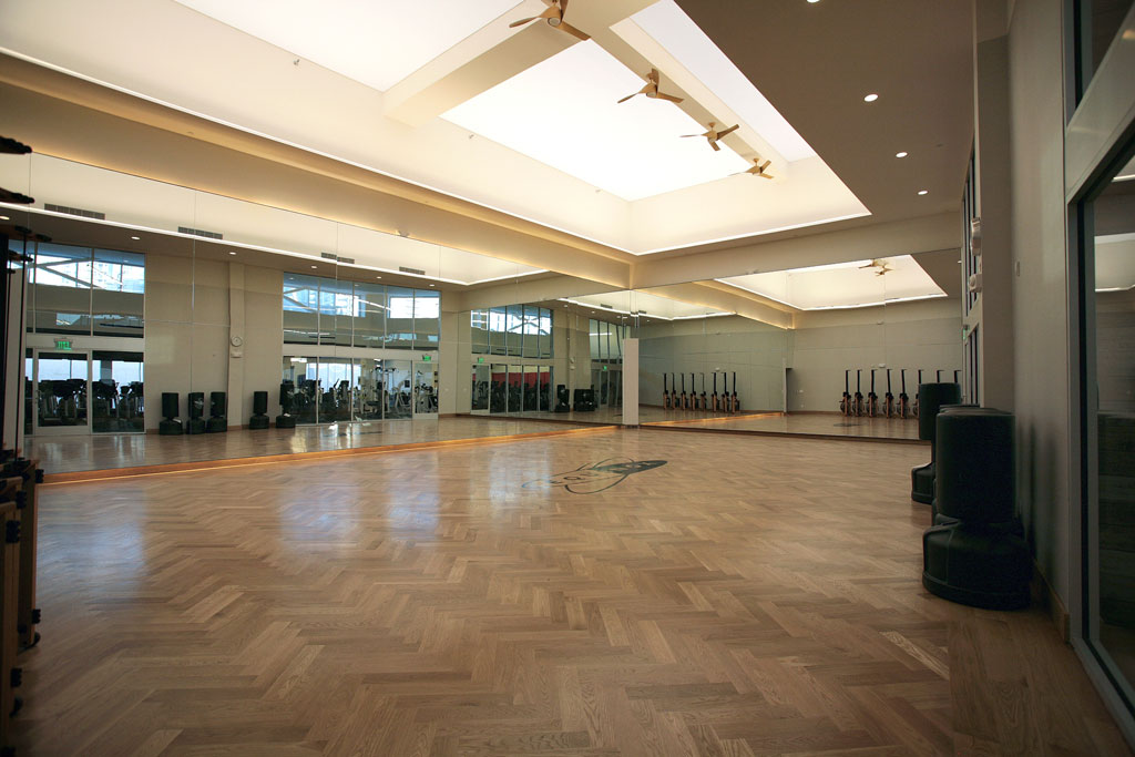 EQUINOX FITNESS CENTER (2011) CA