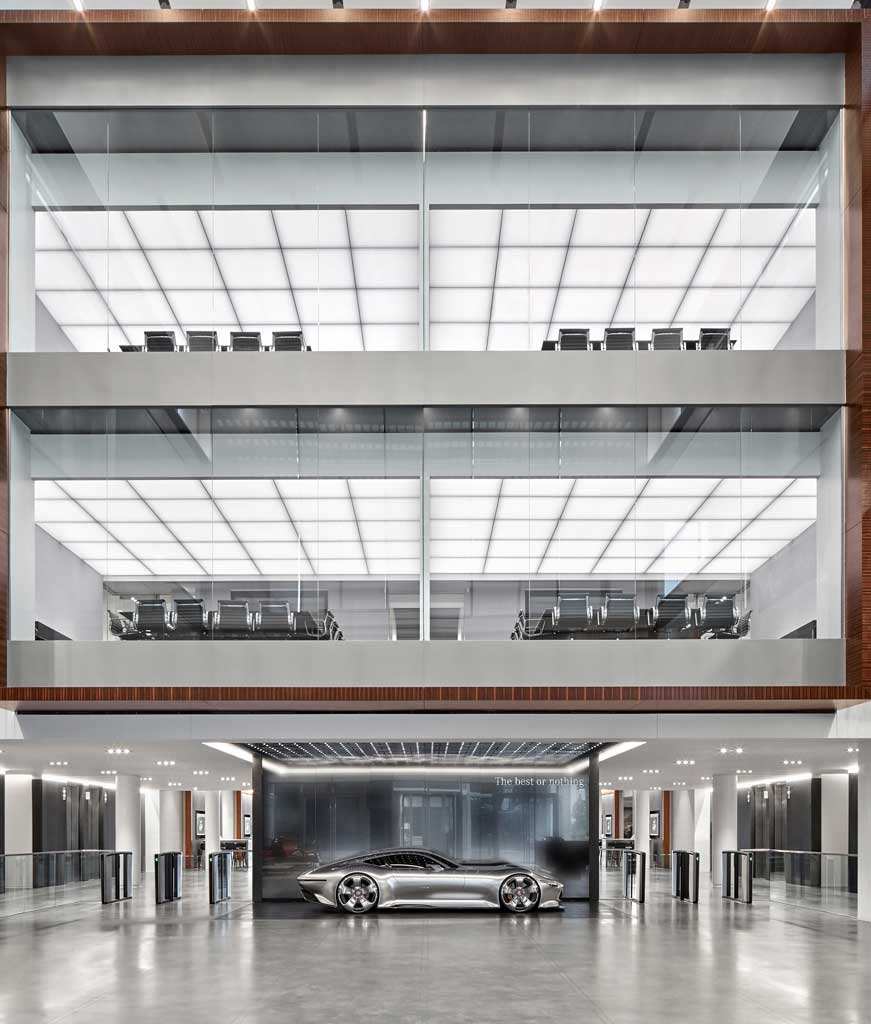 MERCEDES-BENZ HQ (2017) GA