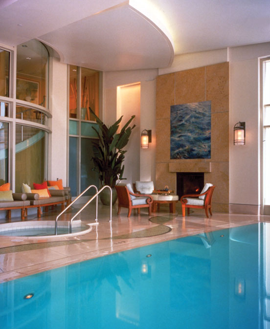 NOB HILL SPA (2000) CA