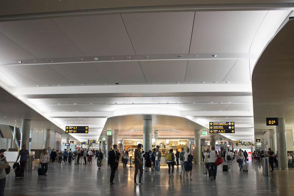 OSLO AIRPORT (2016)  Oslo