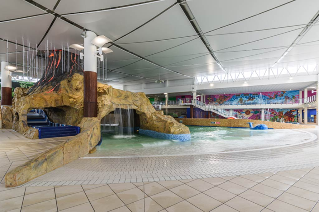 AQUATIC COMPLEX (2020) POL
