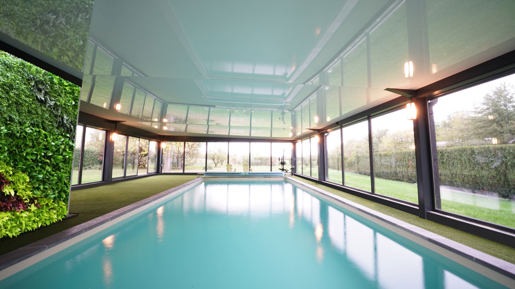 Private residence indoor pool 2017 merignies france for Private indoor swimming pools