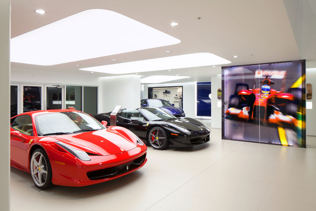FERRARI DEALERSHIP (2014) OR