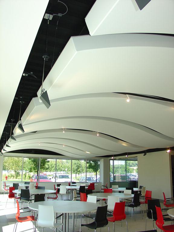 plafonds flottants sur mesure plafonds et murs tendus newmat. Black Bedroom Furniture Sets. Home Design Ideas