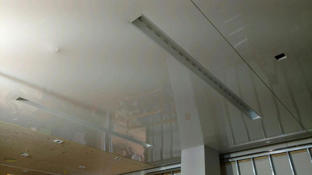 Ceiling penetration grommet